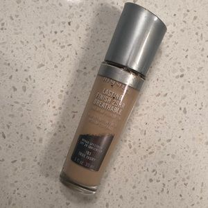 Rimmel London Longwear Foundation